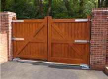 Gate Automation (Gates measured and hung by Dynamic)