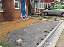 Screeding and Laying